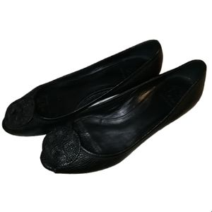 TORY BURCH Contemporary Black Embossed Leather Open Toe Flats Shoes Size 9.5